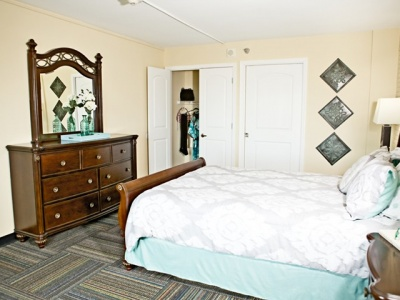 Skyline Village at Red Mountain Bedroom